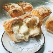 bánh mì nhân sốt phomai