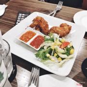 Fried chicken wings - 125k