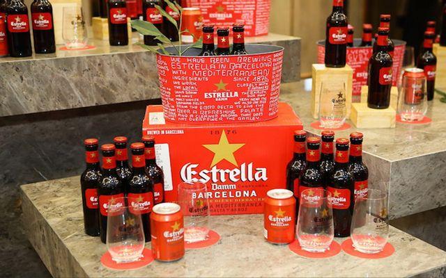 Bia Estrella Damm - Shop Anh Kỳ