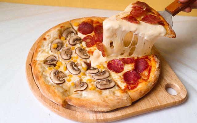 Zone 7 Pizza & Mini Cinema - Tố Hữu