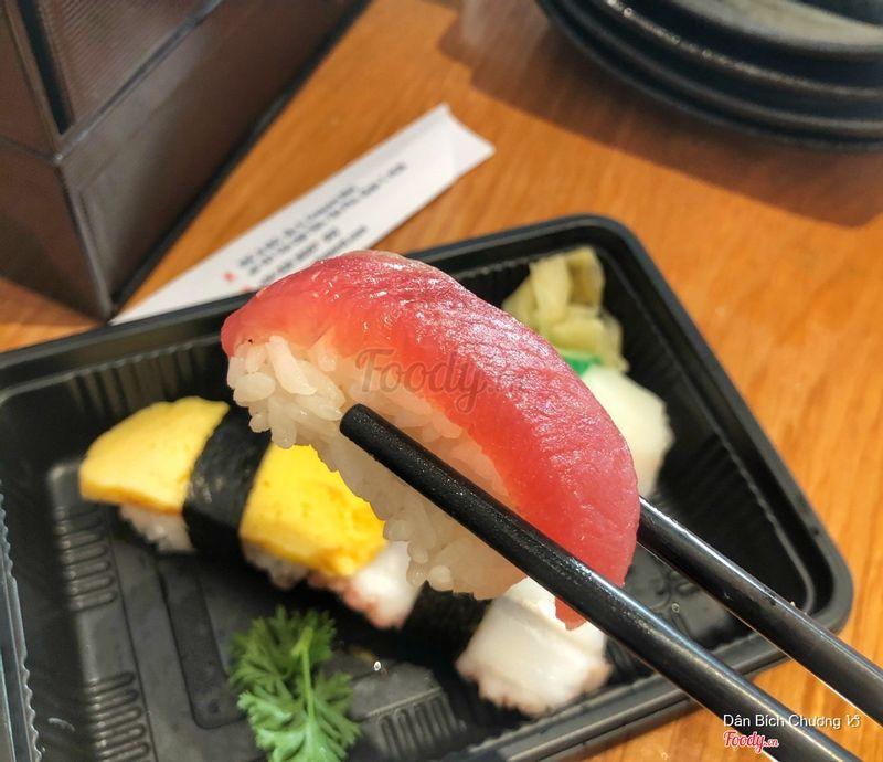 Nigiri cá ngừ