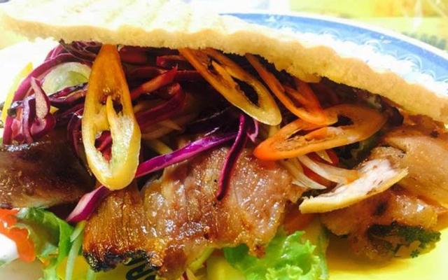 Bánh Mì Kebab Táo Đỏ - Đường 30 Tháng 4