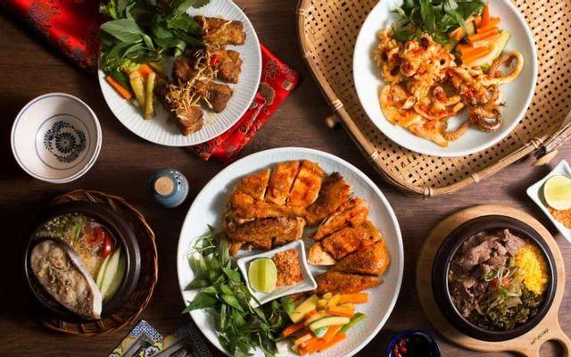 Morris Bistro - Món Việt - Bãi Trường