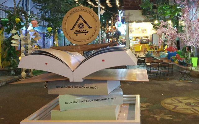Top Sách - Cafe Đường Sách Buôn Ma Thuột