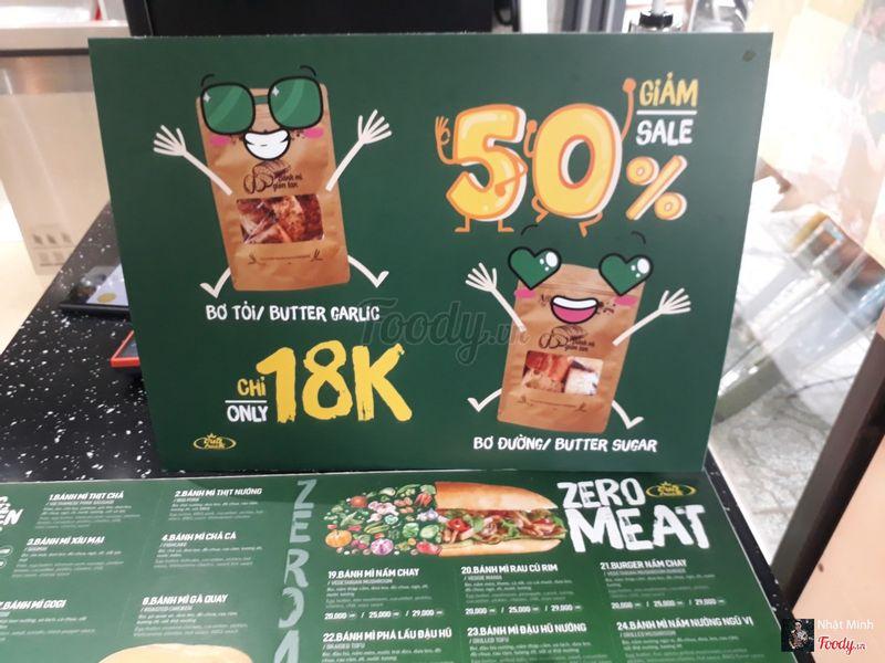 Discount 50%: bánh mì bơ tỏi & bơ đường
