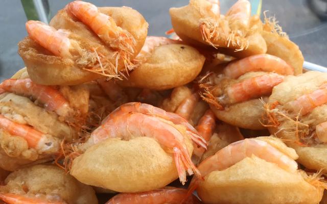 Bánh Tôm Hồ Tây