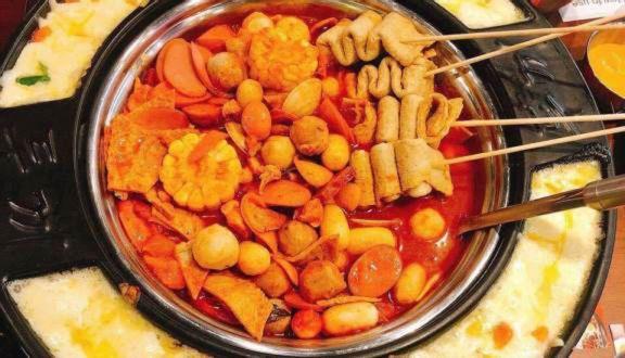 Dookki Việt Nam - Lẩu & Buffet Tokpokki - Vincom Phạm Ngọc Thạch