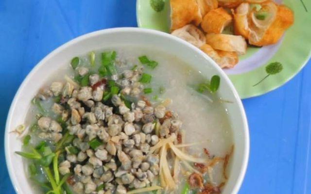 Quán Chú Thiện - Cháo Hến & Vịt Lộn