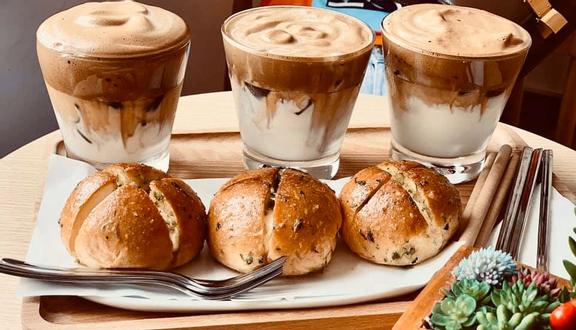 Bánh Mì Bơ Tỏi & Cà Phê Bọt Hàn Quốc - Shop Online