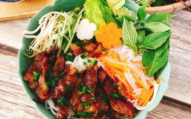 Quán Cô Tư - Cơm Tấm, Bún Thịt Nướng & Chả Giò Triều Châu