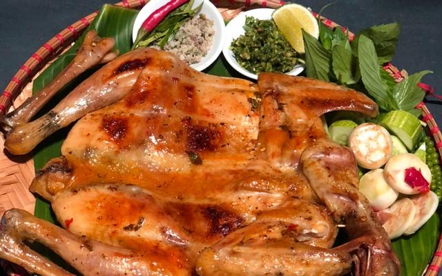 Gà Nướng Cơm Lam - Chế Lan Viên