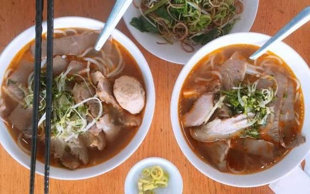 Quán Ăn Thanh Xuân - Bún Bò Huế, Hủ Tiếu Gà & Bánh Canh Cua
