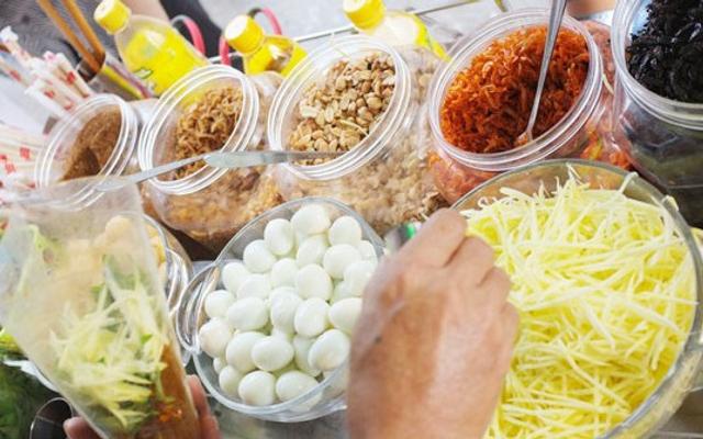 Suri - Bánh Tráng Trộn & Nước Ép