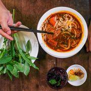 Combo Phở bò kho đặc biệt + Nước trà Hồng Đài giúp thanh lọc cơ thể, chống lão hoá và giảm béo