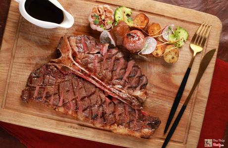 Botanica Salad, Steak & Pasta - Trung Hòa