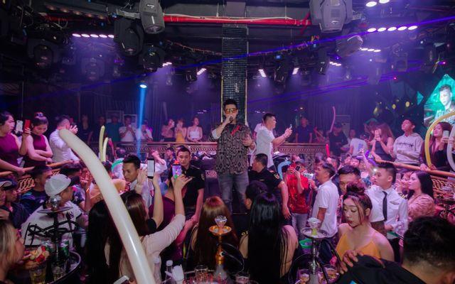 Quốc Quỳnh Night Club
