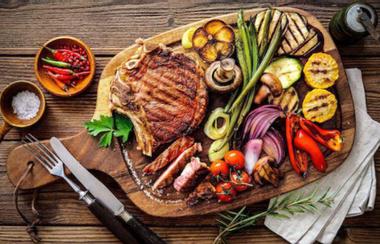 Nhà Hàng Parsley - Steak, Pasta & Hơn Thế Nữa!