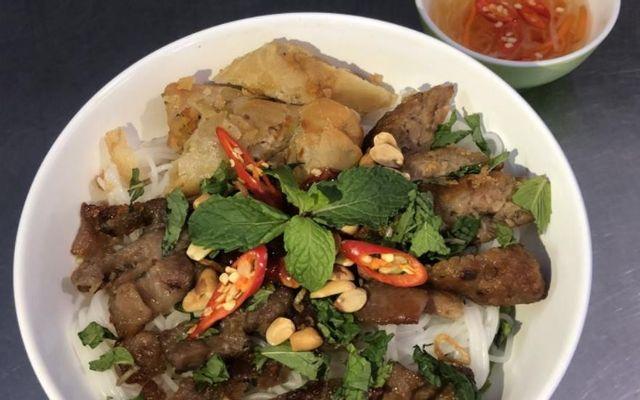 Thúy - Bún Thịt Nướng - Bùi Văn Thêm