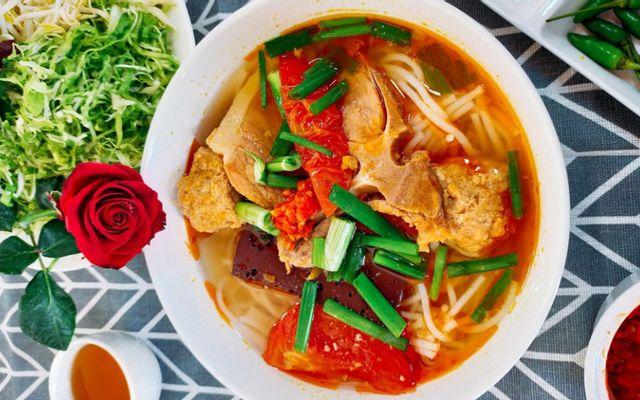 Quán 220 - Mì Quảng & Bún Riêu