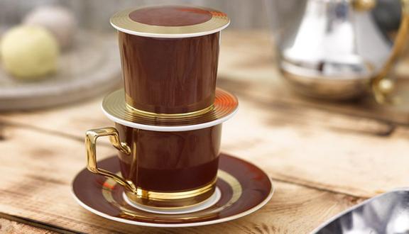 The April Coffee & Decorative Arts