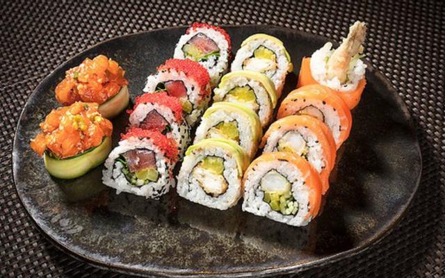 Sushi Akiko - Huỳnh Tấn Phát