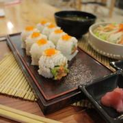 sushi giá chỉ 45k