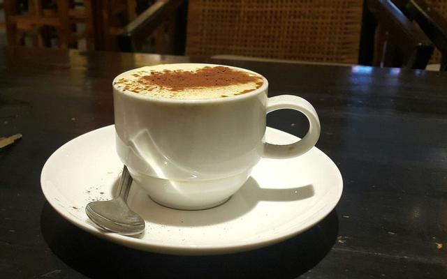 Here - Coffee & Cơm Văn Phòng