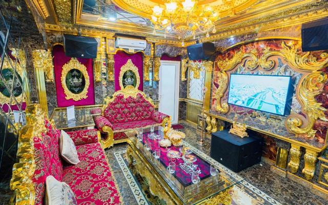 Queen Palace Karaoke