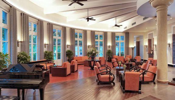 La Residence Cafe, Bánh Mỳ, Pizza