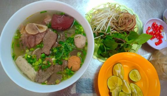 Như Thảo - Bún Bò Huế Siêu To Khổng Lồ - Nguyễn Quý Đức