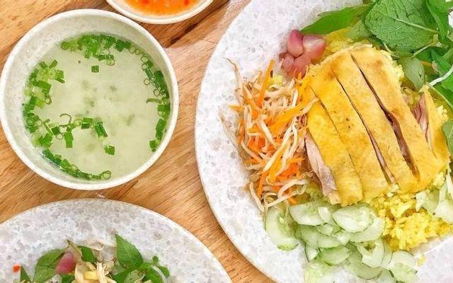 Tuyết Nhung - Cơm Gà Phú Yên - Chợ Gạo