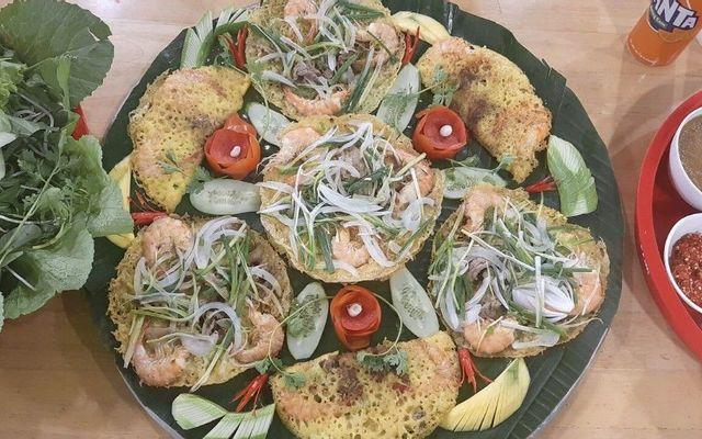 Bánh Xèo Cô Nguyệt 77 - Chung Cư Ấn Quang