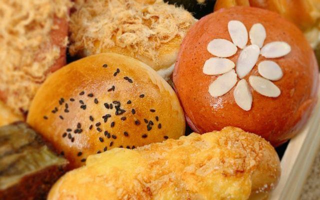 YUM Sai Gon - Bánh Ngọt & Sữa Hạt