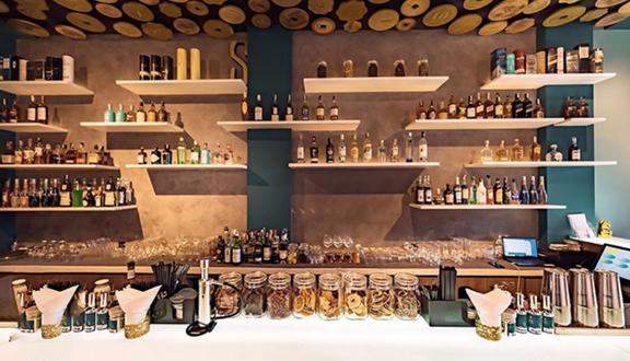 Signature Cocktails Bar & Lounge - Cocktail - Huỳnh Thúc Kháng
