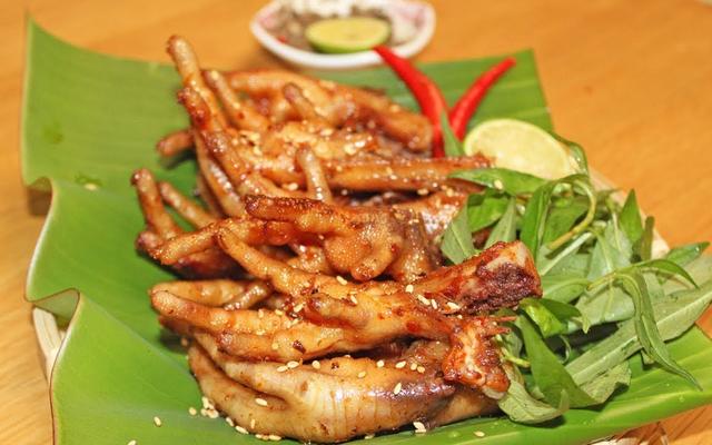 A Tài - Chân Gà Nướng & Hột Vịt Lộn