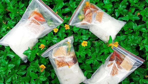 Ăn Vặt Gấu Mi Nhon - 36 Lộ Tẻ