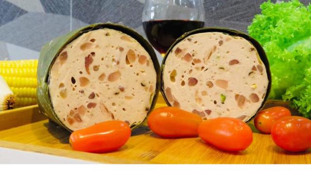 Bánh Mì Hà Nội - Giò Chả - Nơ Trang Long