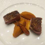 Ức vịt và sốt carrot