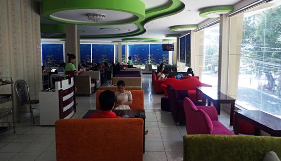 Mr Ket Cafe - 7 Ba Cu