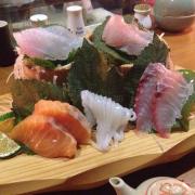 Phần sashimi cho 2 người