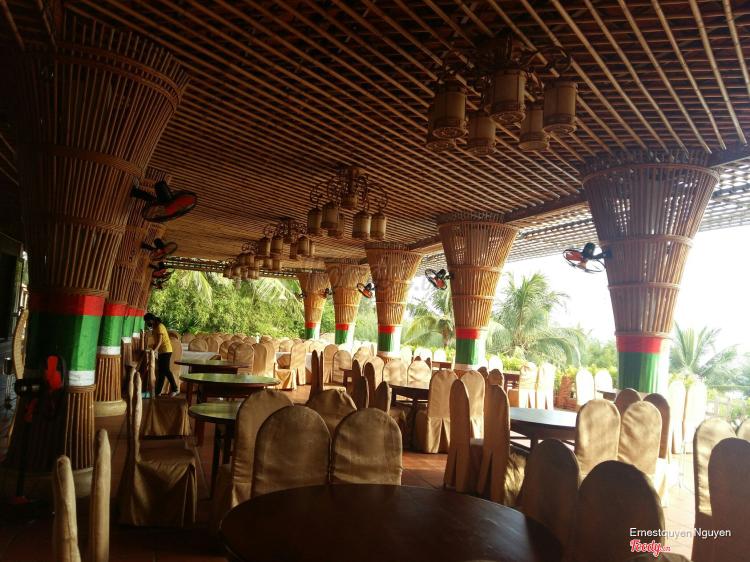 Thanh Tâm Seaside Resort ở Huế