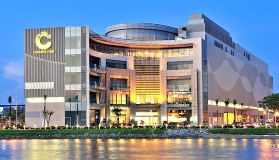 Crescent Mall Shopping Center