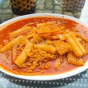 Bánh gạo sốt mỳ