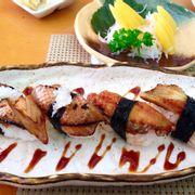 Sushi cá hồi nướng sốt Kabayaki, Sashimi trứng cá Trích
