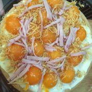 bánh bông lan trứng muối sốt phomai