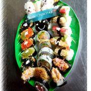 Set Sushi 25 cái 100k,tặng 1 chai pepsi
