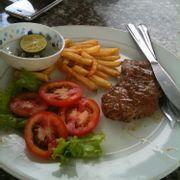 beefsteak & khoai tây chiên