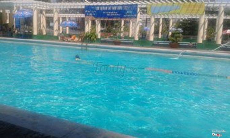 Hồ Bơi Lao Động ở TP. HCM