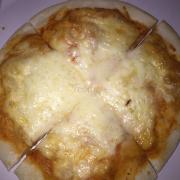 Pizza 4 vị phô mai