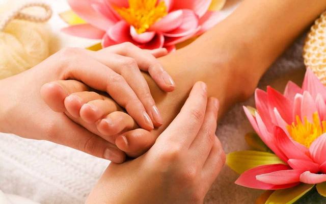 Hair Cut & Foot Massage - Lê Văn Lương